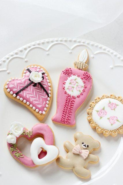 アイシングクッキーと白背景
