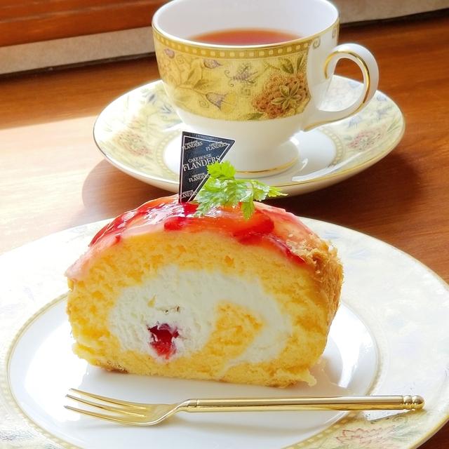OK例:ケーキの上のハーブにピント。